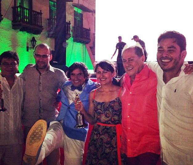 Celebrando los dos Premios India Catalina